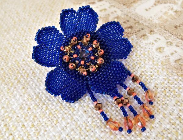 """Brosche """"Blau Blume"""", Blumenbrosche, Brosche aus Perlen"""
