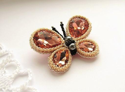 Schmetterling, Brosche aus Perlen und Kristallen, Handmade