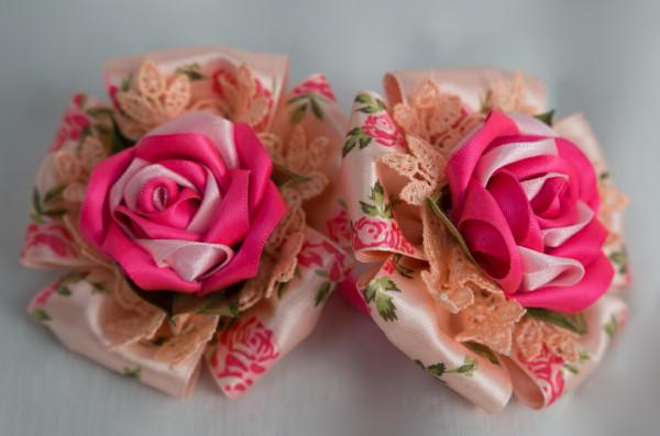 Haargummi mit Blume, Haarschmuck für Mädchen
