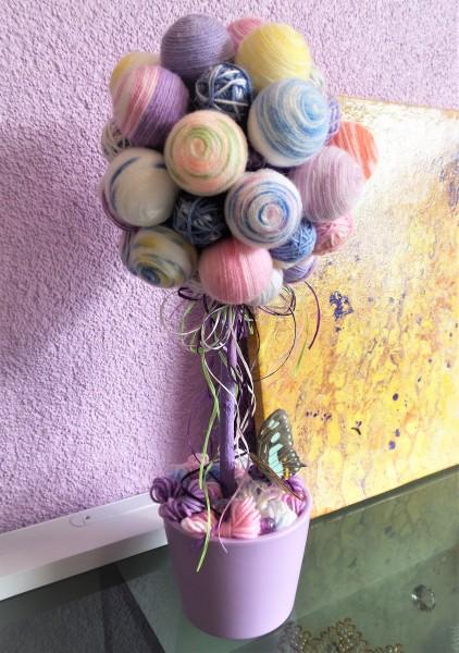 Topiary Tischdekoration mit Wolle, Handgemacht